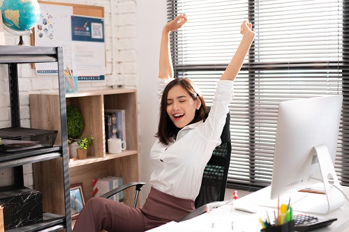 stretching in the office | AIG Malaysia